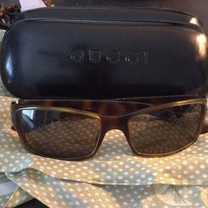 Gucci Sunglasses 😎🖤